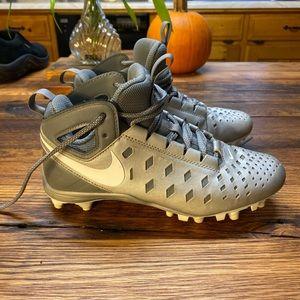 Nike huarache lacrosse silver cleats 4.5 Youth